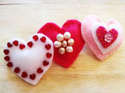 3 felt heart pins pin by Chris Olson at Momathon