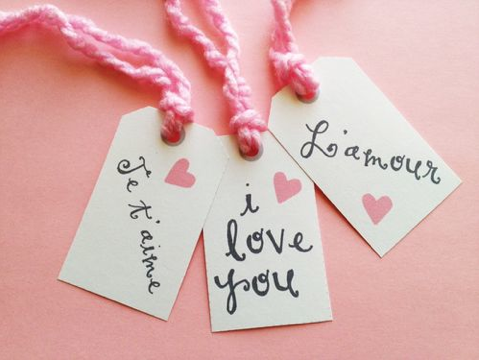 Printable Free Printable Gift Tags: English and French Sayings