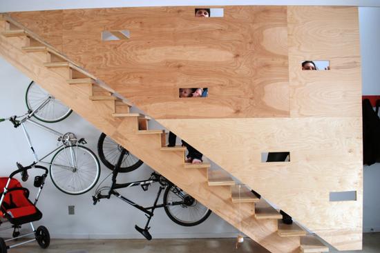 garage_storage_stairway